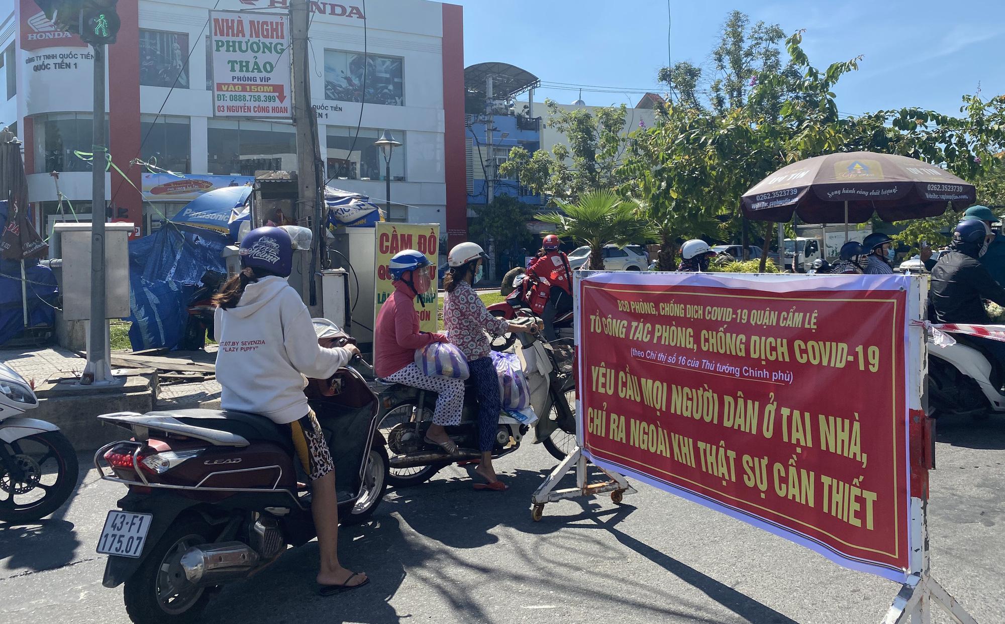 """Đà Nẵng thêm nhiều ca nhiễm trong cộng đồng, chính quyền yêu cầu """"nhà nào ở nhà đó"""""""
