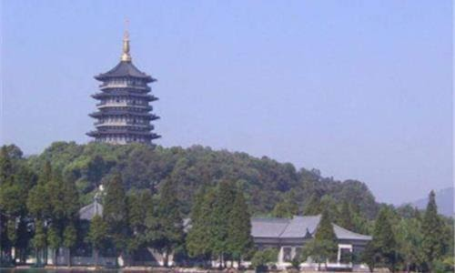 77 năm sau sự sụp đổ của chùa Lôi Phong, chuyên gia tìm thấy một căn phòng bí mật dưới ngọn tháp: Bí ẩn ngàn năm hé lộ! - Ảnh 1.