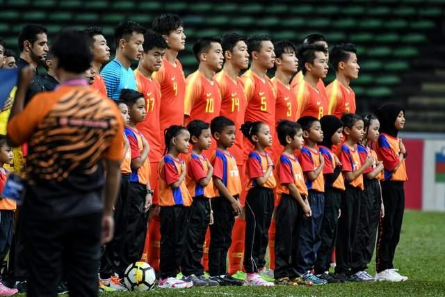 """Chê bóng đá Việt Nam nghèo, bóng đá Trung Quốc hoá ra lại… """"lắm tiền nhiều tật"""" - Ảnh 2."""