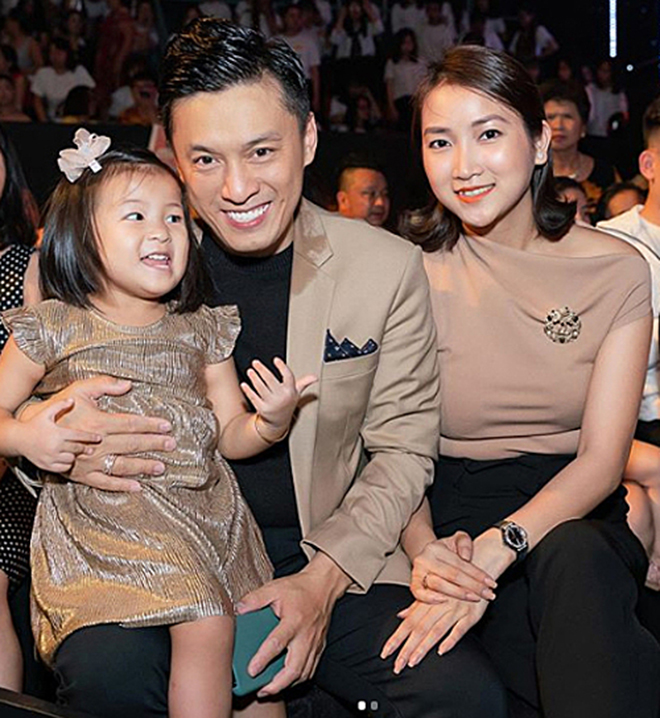 Từng bị tin đồn rạn nứt, hôn nhân của Lam Trường và vợ hai kém 17 tuổi giờ ra sao? - Ảnh 3.