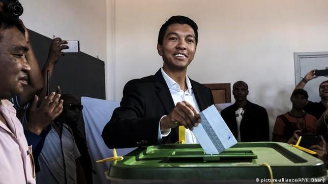 Cảnh sát Madagascar phá âm mưu ám sát tổng thống - Ảnh 1.