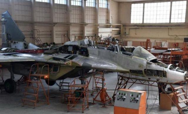 30 năm không chế tạo nổi máy bay mới: Chuyên gia Nga đáp trả cực gắt khi báo Ukraine cả gan chê Su-75 - Ảnh 3.