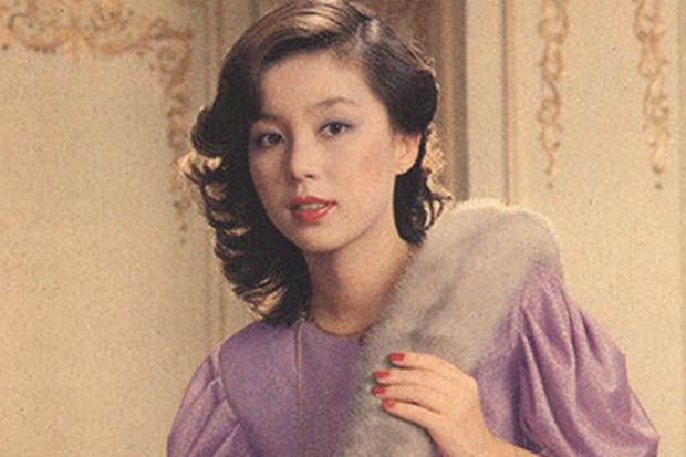 Không phải Son Ye Jin, đây mới là tình đầu quốc dân đời đầu xứ Hàn: Gia tài phim siêu khủng, U70 vẫn đẹp rạng ngời - Ảnh 8.