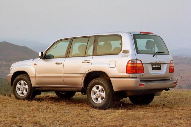 Tài xế Toyota Land Cruiser 1999 chở Thứ trưởng: '22 năm chinh chiến Bắc Nam vẫn an toàn, bền bỉ, dùng 10 năm nữa vẫn tốt' - Ảnh 7.