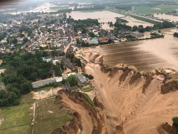 Hết lũ lụt đến cháy rừng: Thảm họa tự nhiên có quy mô lịch sử đang xảy ra khắp thế giới - Ảnh 6.