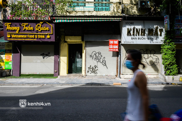 """Chủ quán ăn ở Hà Nội trước giờ đóng cửa: """"20 năm chưa từng gặp khó khăn như dịch bệnh lần này, càng bán càng lỗ"""" - Ảnh 15."""