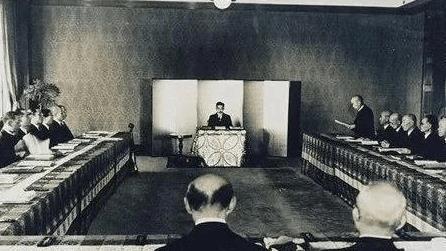 Với hàng nghìn năm lịch sử, tại sao Nhật Bản chỉ có duy nhất 1 dòng tộc hoàng gia cai trị? - Ảnh 5.