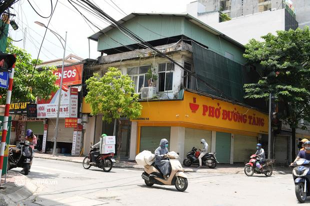 """Chủ quán ăn ở Hà Nội trước giờ đóng cửa: """"20 năm chưa từng gặp khó khăn như dịch bệnh lần này, càng bán càng lỗ"""" - Ảnh 5."""