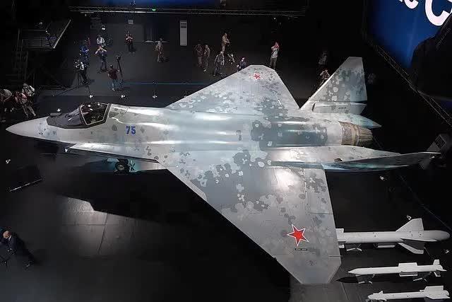 Tiêm kích Checkmate mới nhất của Nga có thể sẽ không phải là Su-75: Tiết lộ lý do bất ngờ - Ảnh 1.