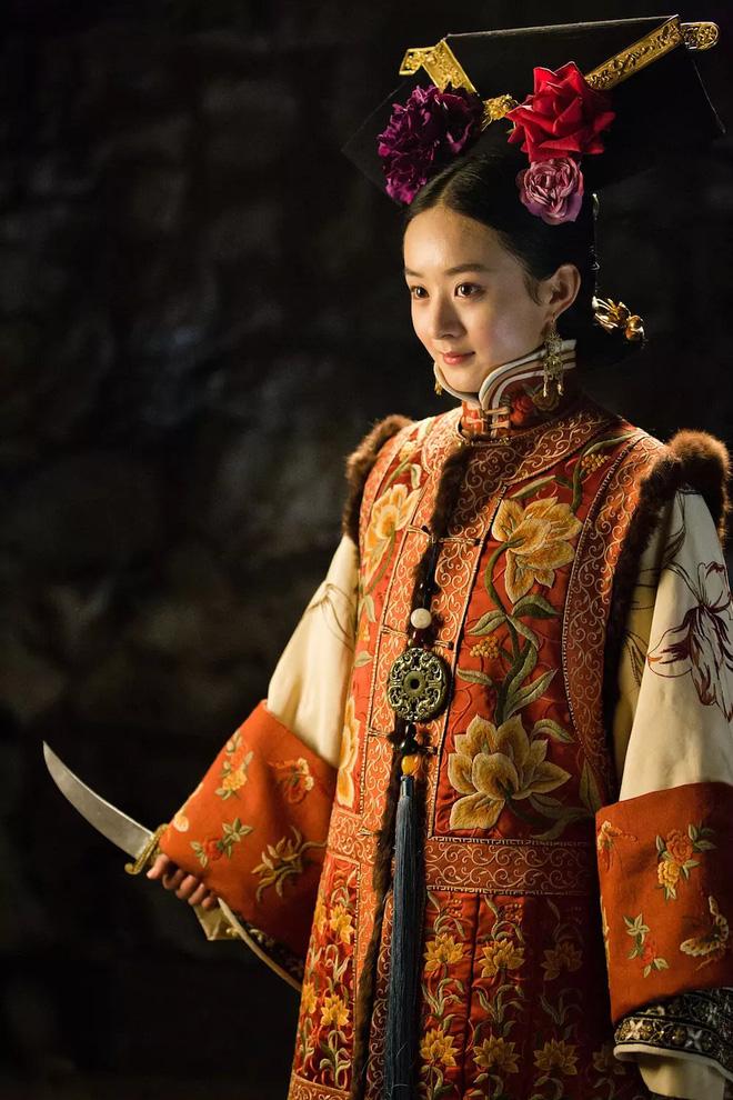 10 ác nữ ấn tượng trên màn ảnh Hoa ngữ: Triệu Lệ Dĩnh hiểm độc đến mấy cũng không gây ức chế bằng trùm cuối - Ảnh 1.