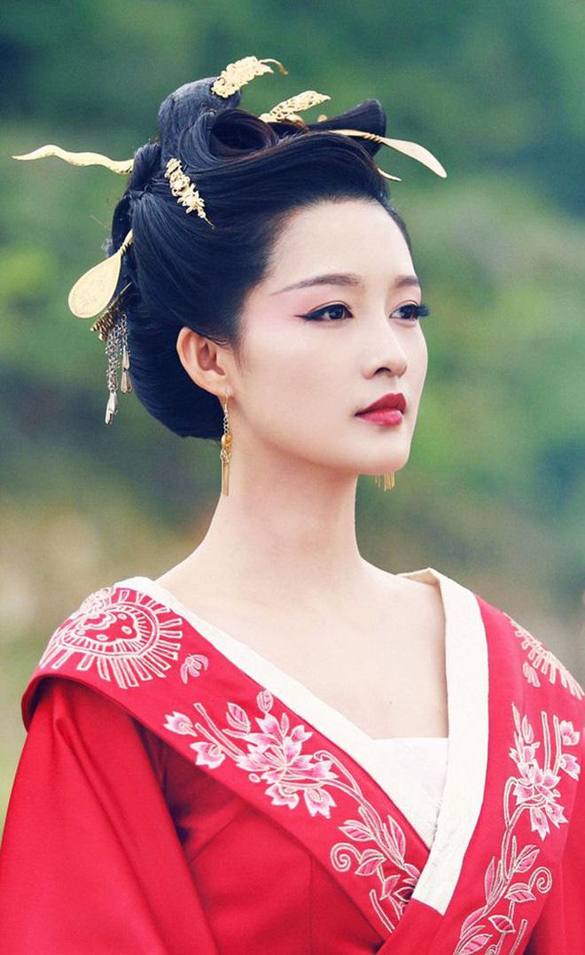 10 ác nữ ấn tượng trên màn ảnh Hoa ngữ: Triệu Lệ Dĩnh hiểm độc đến mấy cũng không gây ức chế bằng trùm cuối - Ảnh 26.