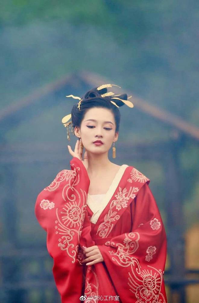 10 ác nữ ấn tượng trên màn ảnh Hoa ngữ: Triệu Lệ Dĩnh hiểm độc đến mấy cũng không gây ức chế bằng trùm cuối - Ảnh 27.