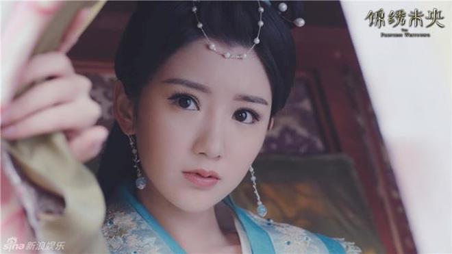 10 ác nữ ấn tượng trên màn ảnh Hoa ngữ: Triệu Lệ Dĩnh hiểm độc đến mấy cũng không gây ức chế bằng trùm cuối - Ảnh 30.