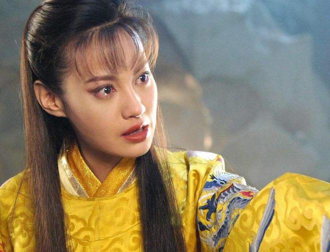 10 ác nữ ấn tượng trên màn ảnh Hoa ngữ: Triệu Lệ Dĩnh hiểm độc đến mấy cũng không gây ức chế bằng trùm cuối - Ảnh 35.