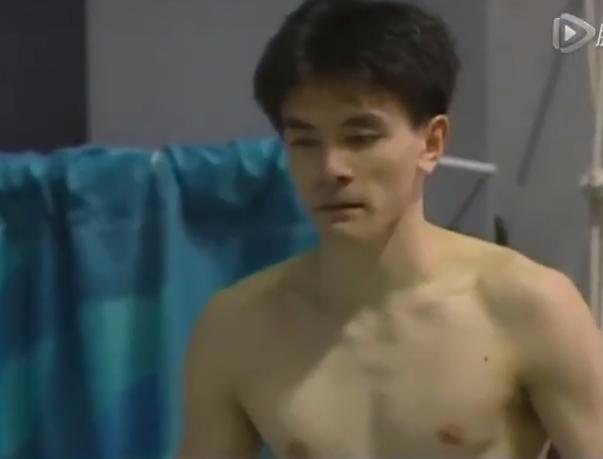 Phát hiện nhà vô địch nhảy cầu Olympic từng đóng Tây Du Ký, còn gặp tai nạn phim trường suýt bỏ mạng? - Ảnh 7.