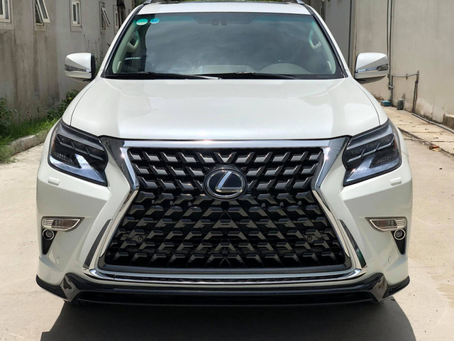 Thợ Việt lột xác Lexus GX 460 giá 2 tỷ thành xe gần 6 tỷ với chi phí 300 triệu đồng, người thường khó nhận ra  - Ảnh 2.