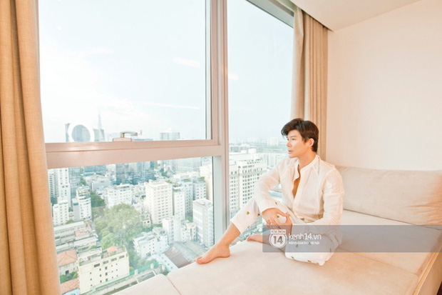"""Nói là làm, Nathan Lee """"chốt đơn"""" luôn căn hộ cao cấp của Thu Minh giữa drama: Nhìn view khủng đối diện Nhà Thờ Đức Bà mà choáng! - Ảnh 11."""