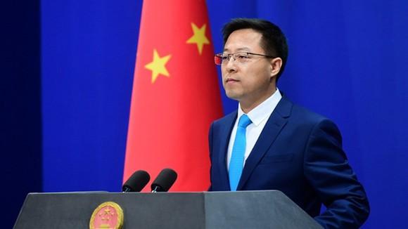 Trung Quốc thủng phòng tuyến, dịch bùng phát lớn nhất 7 tháng qua: COVID xuất hiện ngay thủ đô! - Ảnh 1.