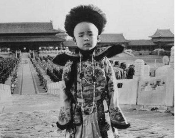 Biết tin Phổ Nghi được chọn kế vị mình, Quang Tự Đế liền thở dài nói 8 chữ, vạch trần dã tâm của bà Thái hậu đang cận kề cái chết - Ảnh 4.