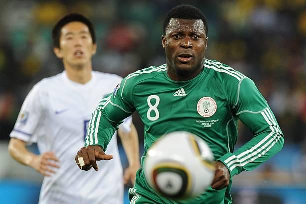 SỐC: Quốc gia châu Phi bất ngờ có lệnh cấm cầu thủ sang Trung Quốc đá bóng - Ảnh 1.