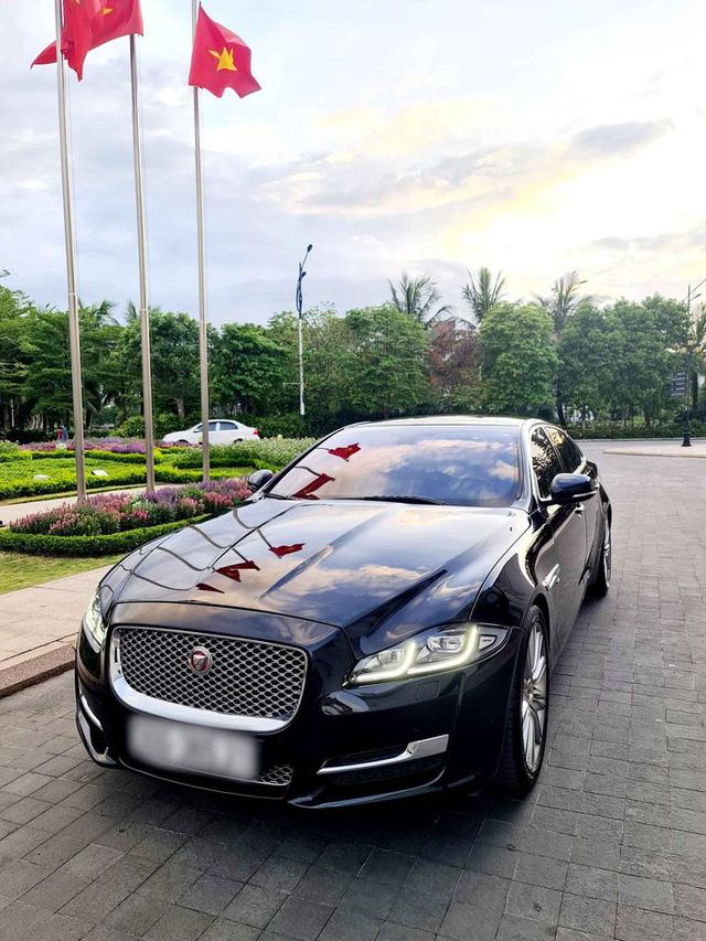 Mới chạy 30.000km, đại gia bán Jaguar XJL kèm tiết lộ về khoản khấu hao lên tới 3,3 tỷ đồng - Ảnh 1.