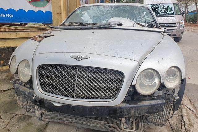 Siêu phẩm bạc tỷ một thời Bentley Continental GTC bị đại gia bỏ quên, nghe thời gian nằm phơi mưa gió mà choáng váng - Ảnh 6.