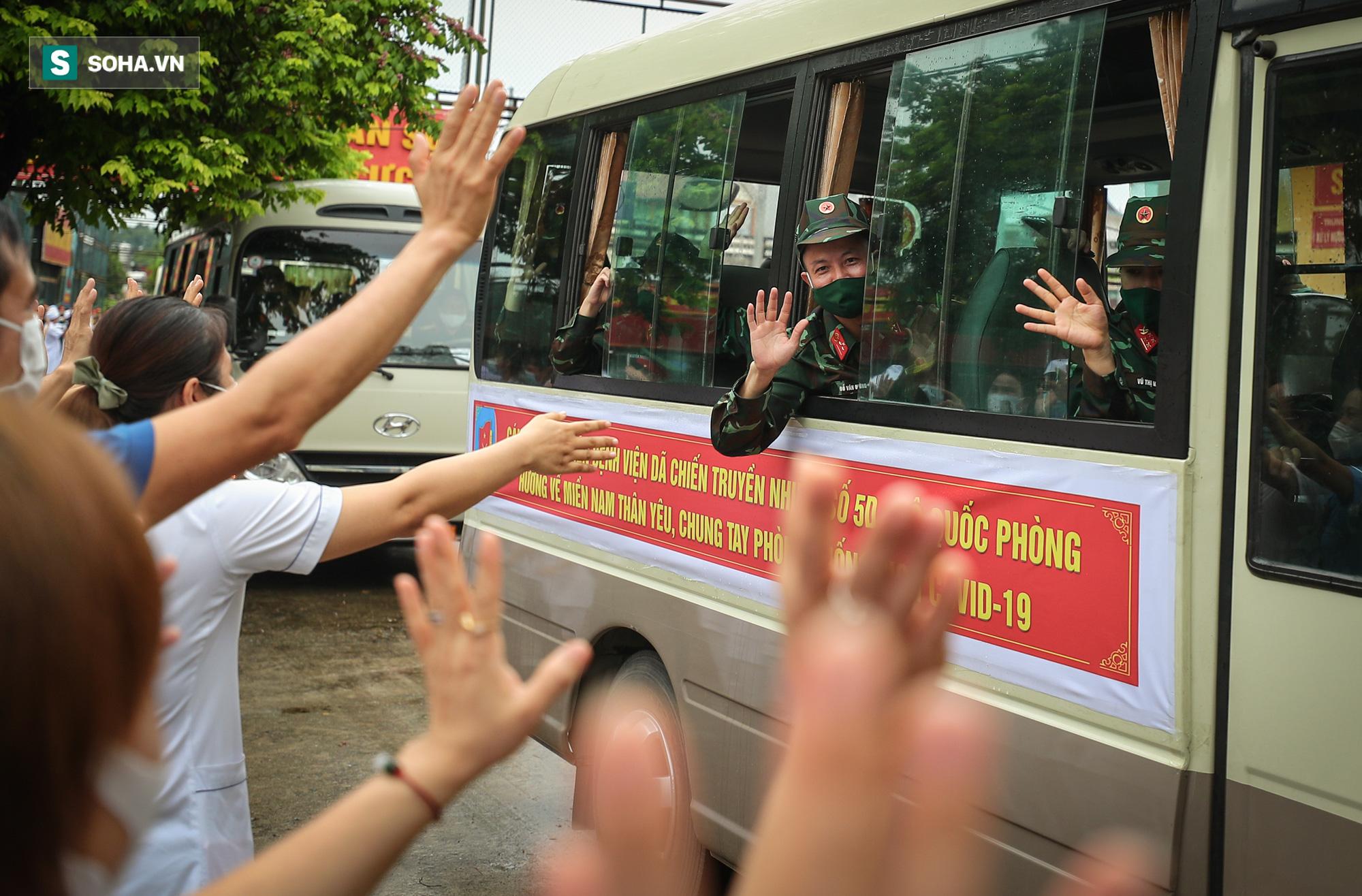 Khoảnh khắc xúc động của 130 y bác sĩ lên đường chi viện cho miền Nam chống dịch - Ảnh 12.