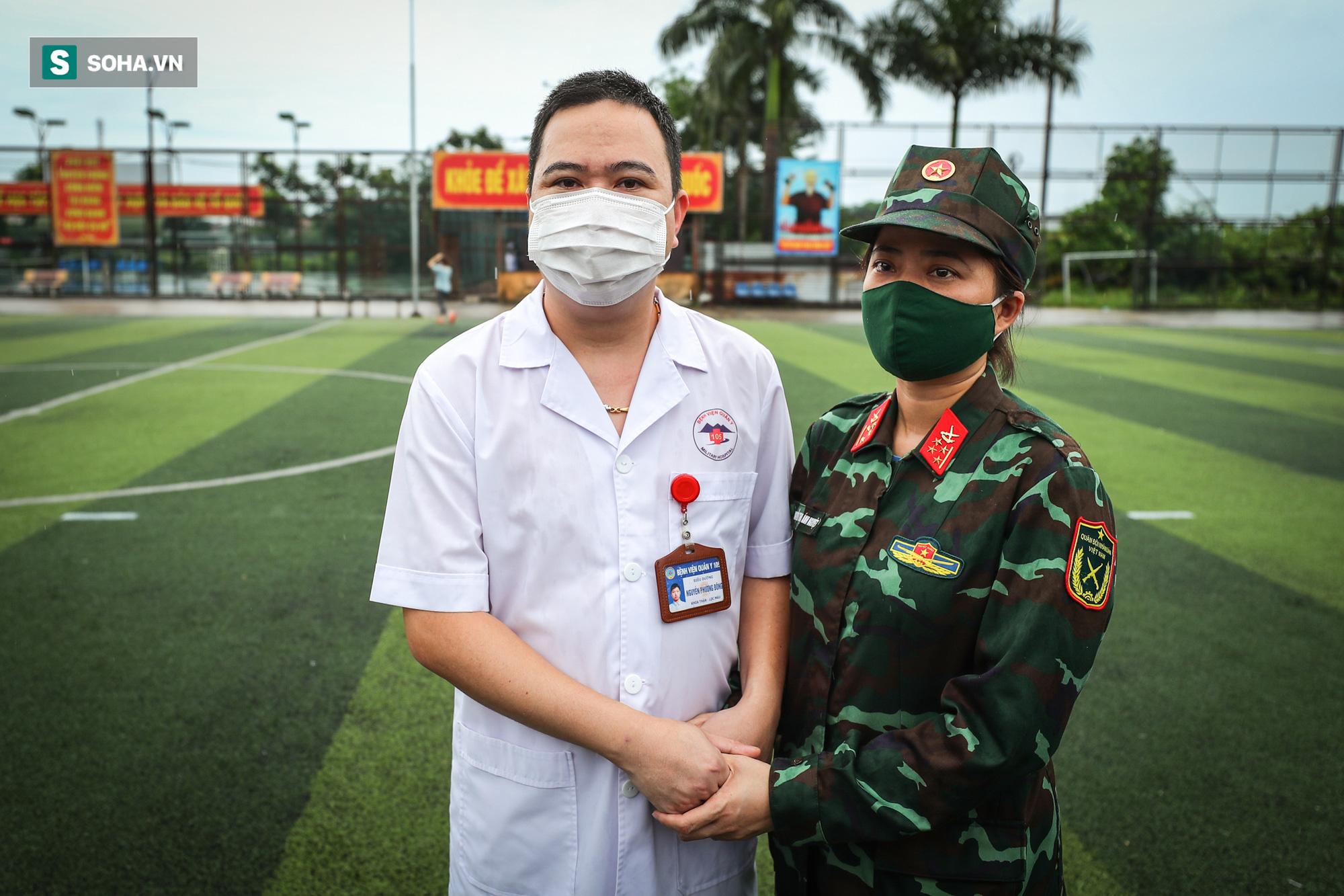 Khoảnh khắc xúc động của 130 y bác sĩ lên đường chi viện cho miền Nam chống dịch - Ảnh 7.