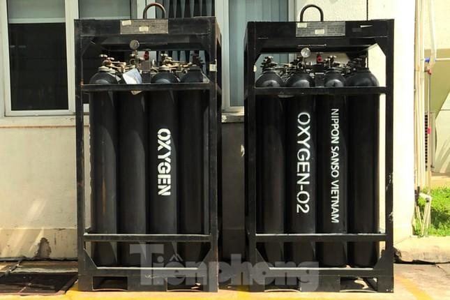 Cận cảnh nhà máy sản xuất oxy y tế khổng lồ phục vụ bệnh viện điều trị COVID-19 - Ảnh 7.