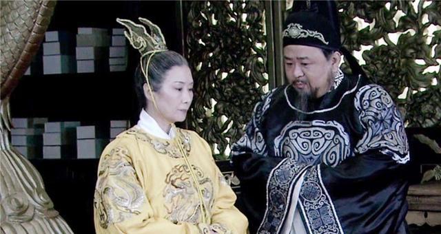 Được khuyên cai sắc dục, Võ Tắc Thiên liền cho Địch Nhân Kiệt xem 2 thứ, xem xong đối phương không đối đáp được dù chỉ một lời - Ảnh 10.