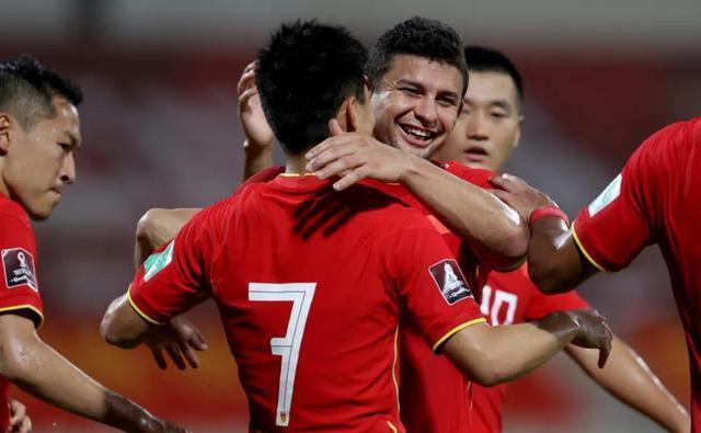 """Báo Trung Quốc nhắc tới bầu Đức, ví tuyển Việt Nam như """"cỗ máy theo mô hình bóng đá châu Âu"""" - Ảnh 2."""
