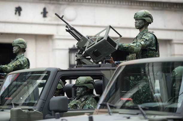 Đe dọa từ Trung Quốc ngày càng lớn, Đài Loan cấp tốc đại tu quân đội, chiến tranh gần kề? - Ảnh 2.