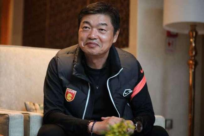 """Không phải """"HLV 500 tỷ"""", LĐBĐ Trung Quốc muốn dùng HLV người Hàn Quốc đấu với thầy Park? - Ảnh 1."""