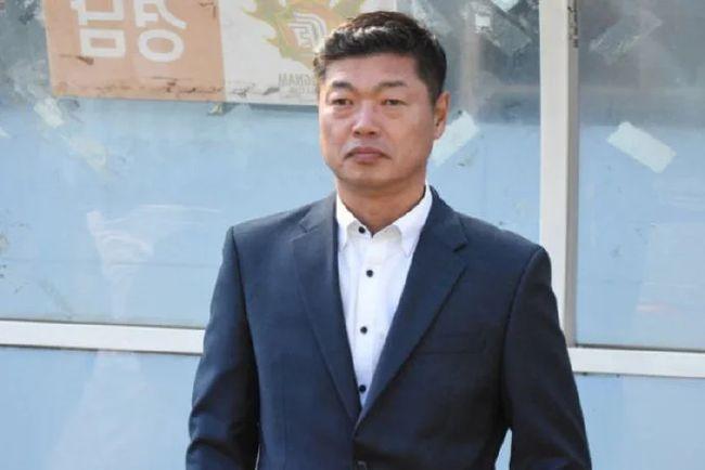 """Không phải """"HLV 500 tỷ"""", LĐBĐ Trung Quốc muốn dùng HLV người Hàn Quốc đấu với thầy Park? - Ảnh 2."""