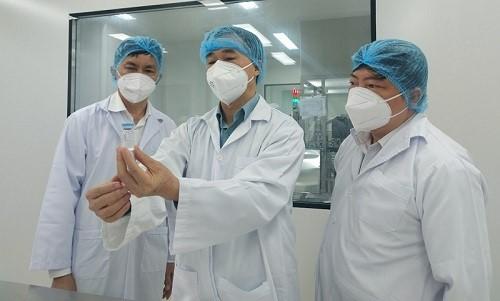 Vắc xin Covid-19 Việt Nam Nanocovax sẽ nghiên cứu trên trẻ em 12-18 tuổi sau khi được cấp phép - Ảnh 1.