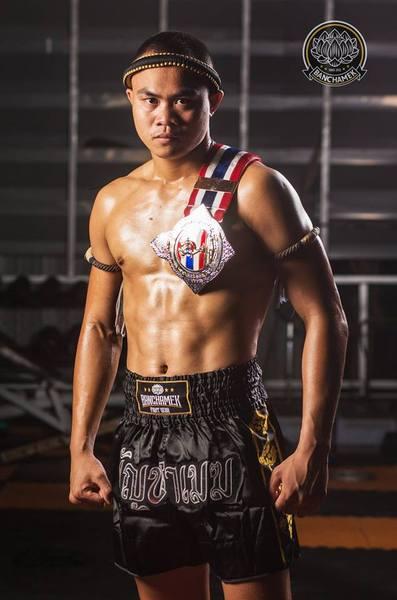 """Yi Long chốt kèo """"siêu đại chiến"""" cao thủ Thái Lan ở Macau, không phải với Buakaw - Ảnh 1."""