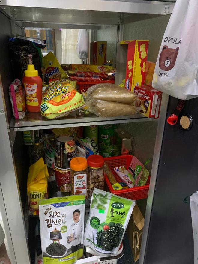 Màn dự trữ đồ ăn khủng nhất trong mùa dịch, trông cứ như vác cả tiệm tạp hoá về nhà khiến ai cũng ghen tị - Ảnh 9.