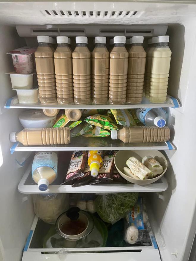 Màn dự trữ đồ ăn khủng nhất trong mùa dịch, trông cứ như vác cả tiệm tạp hoá về nhà khiến ai cũng ghen tị - Ảnh 10.