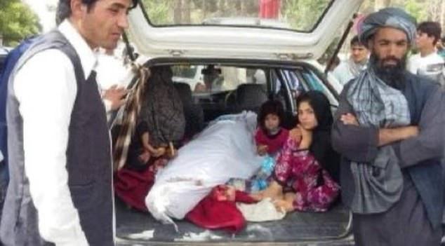 Bị Taliban đưa đi hành quyết, diễn viên hài trên TikTok của Afghanistan vẫn làm 1 điều khiến nhiều người kinh ngạc - Ảnh 4.
