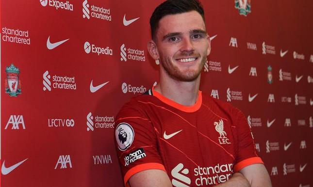 Liverpool tưởng thưởng cho trụ cột hàng thủ - Ảnh 1.