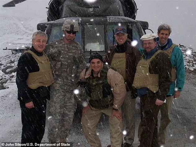 Ông trùm lính đánh thuê Mỹ bất ngờ hé lộ tình tiết vụ giải cứu ông Biden ở Afghanistan! - Ảnh 1.