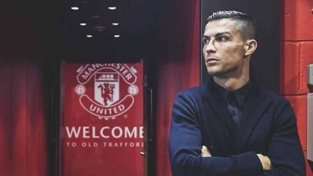 HLV Chelsea 'sợ xanh mặt' khi biết Ronaldo trở lại M.U - Ảnh 1.