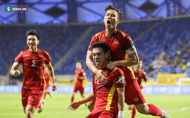 """Báo Trung Quốc: 'Messi Việt Nam"""" và 2 trụ cột vắng mặt sẽ khiến ĐT Việt Nam tổn thất lớn - Ảnh 1."""