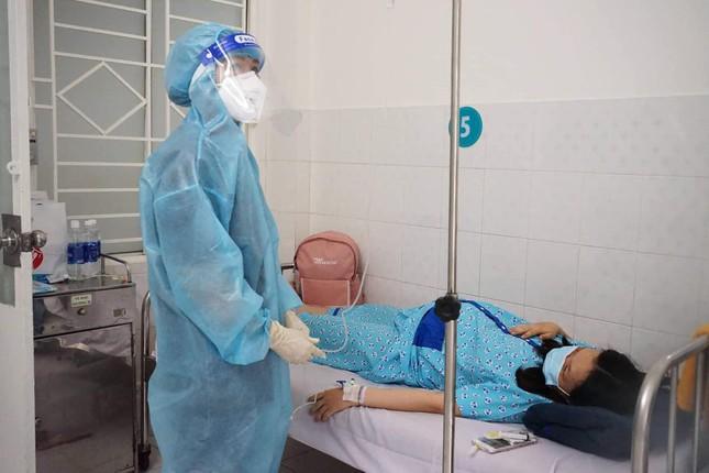 Bên trong bệnh viện điều trị cho nhiều bà bầu nhất tại TPHCM  - Ảnh 1.