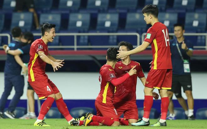 """Báo Trung Quốc: """"Tin xấu cho HLV Li Tie, đội tuyển Việt Nam đã có quyết định khôn ngoan"""" - Ảnh 1."""