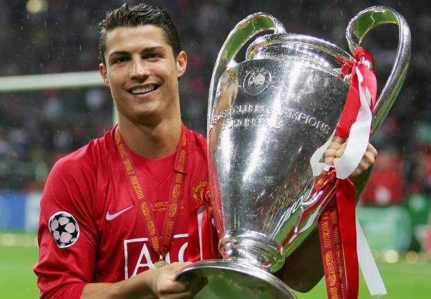 Ronaldo viết tâm thư cảm động trong ngày về Man United: Sir Alex, con làm tất cả vì thầy! - Ảnh 1.