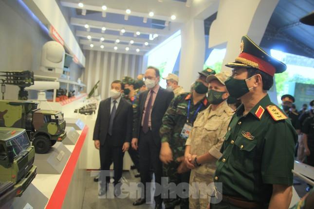 Việt Nam giới thiệu nhiều vũ khí, khí tài hiện đại tại Army Games 2021 - Ảnh 1.