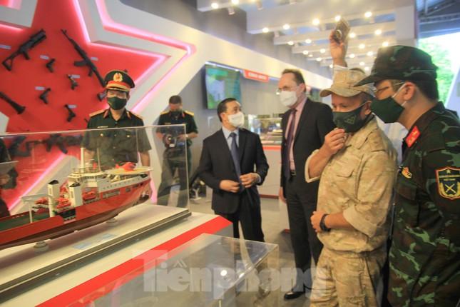 Việt Nam giới thiệu nhiều vũ khí, khí tài hiện đại tại Army Games 2021 - Ảnh 8.