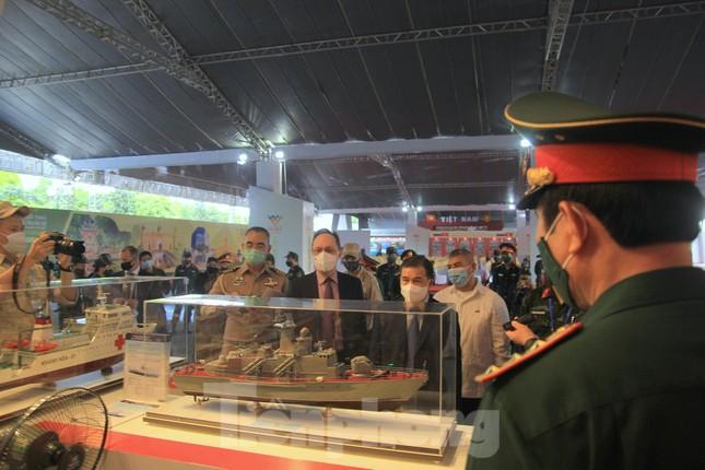 Việt Nam giới thiệu nhiều vũ khí, khí tài hiện đại tại Army Games 2021 - Ảnh 9.