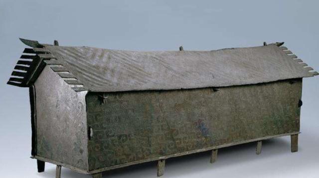 Đào được cỗ quan tài đồng 5 tấn, đoàn khảo cổ gọi cấp trên nhờ hỗ trợ thì nhận lệnh sét đánh: Lập tức phá nó đi! - Ảnh 1.
